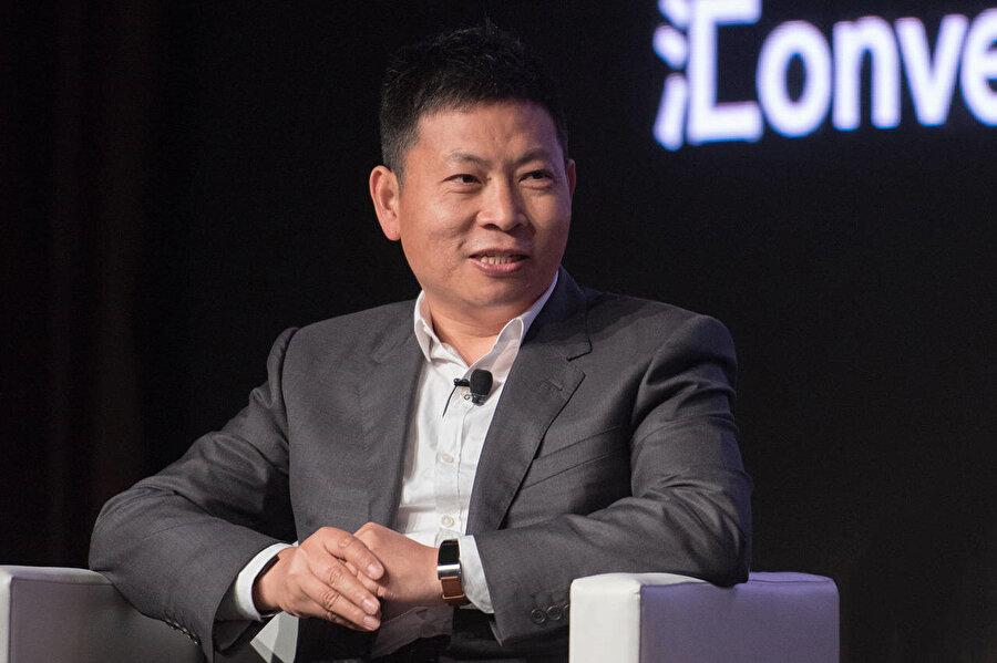 Huawei CEO'su Richard Yu, kendi alanının en yetkin isimlerinden biri olarak değerlendiriliyor.