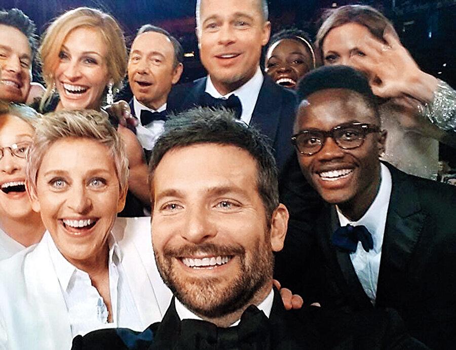 Oscar gecesi yapılan Elen DeGeneres selfie'si de en fazla retweet edilen paylaşımlar arasında yer alıyordu.