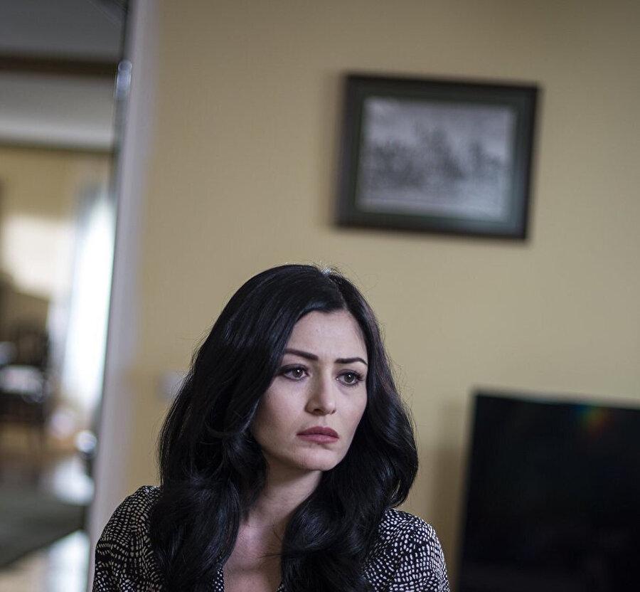 Deniz Çakır en son Eşkıya Hükümdar Olmaz dizisinde oynadı.