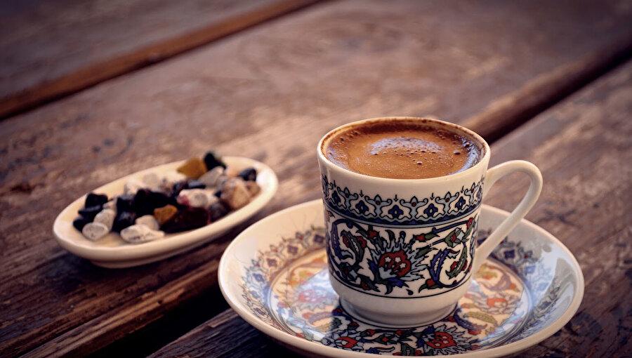 Canan Karatay: 'En sağlıklı kahve sade Tük kahvesidir'