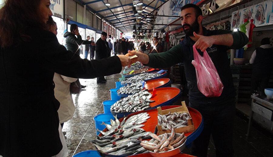 Türkiye'de yaklaşık kişi başı balık tüketimi 5 kilogram.