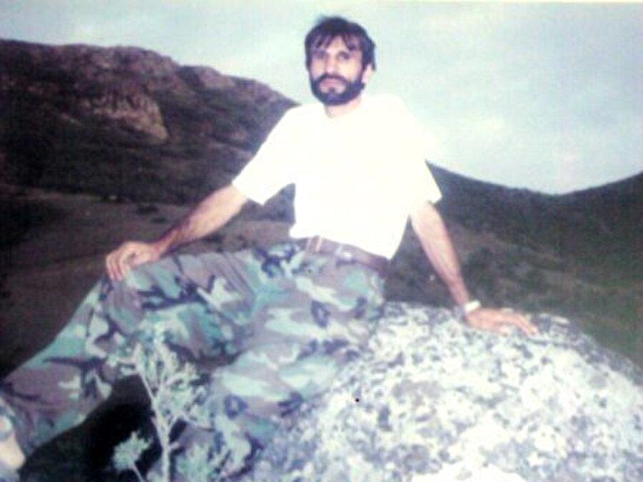 Muhammed Mukim Popal'ın Krabağ Savaşı sırasında çekindiği fotoğraflardan birisi.
