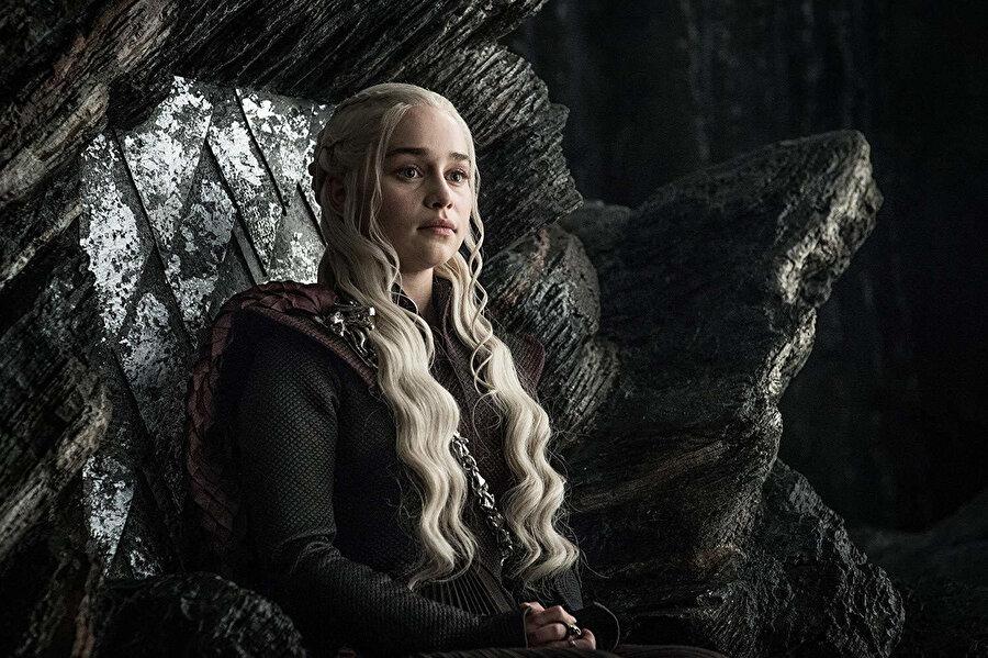Oyuncu, Emilia Clarke.
