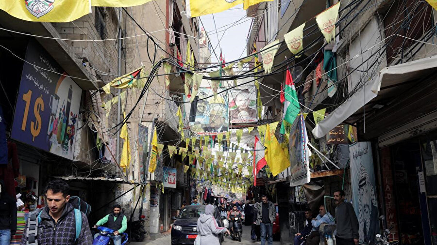 Lübnan'daki Filistinli mülteciler için, bayrak aynı zamanda vatana hasretin de bir simgesi.