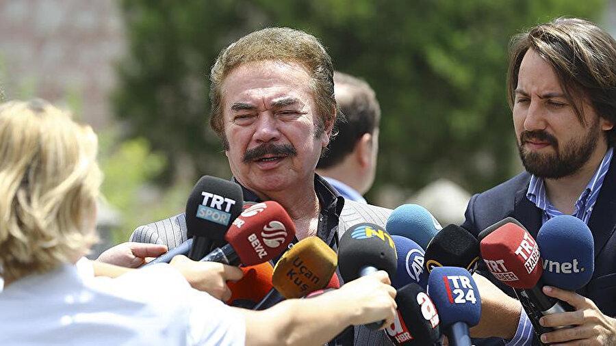 Orhan Gencebay, basın mensuplarına gündeme dair açıklamalarda bulundu.