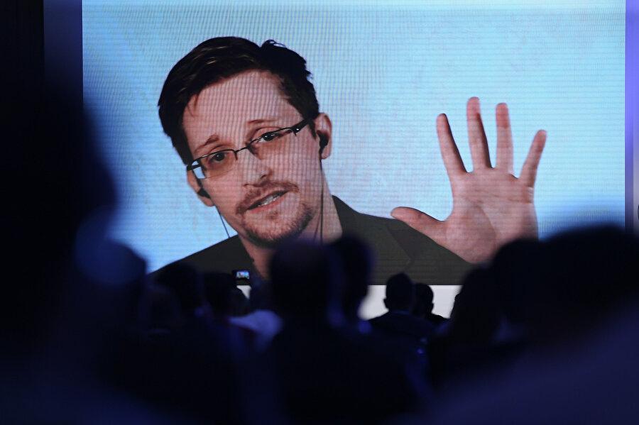 Edward Snowden, İstanbul'da düzenlenen 2017 Siber Güvenlik Konferansı kapsamında video konferans ile bağlantı kurarak konuşma gerçekleştirmişti.