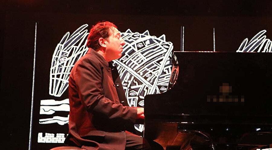 Fazıl Say, 'Truva Sonatı' bestesini ilk kez Çanakkale'de gerçekleştirdiği konserle tüm dünyaya tanıttı.