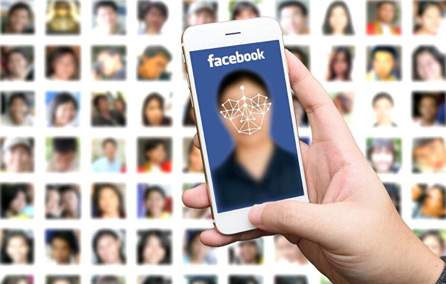 Birkaç gün önceye göre etkisini yitirmiş gibi gözükse de akım devam ediyor ve insanlar 10 sene önceki fotoğraflarını hem Facebook hem de diğer sosyal mecralarda paylaşıyorlar.