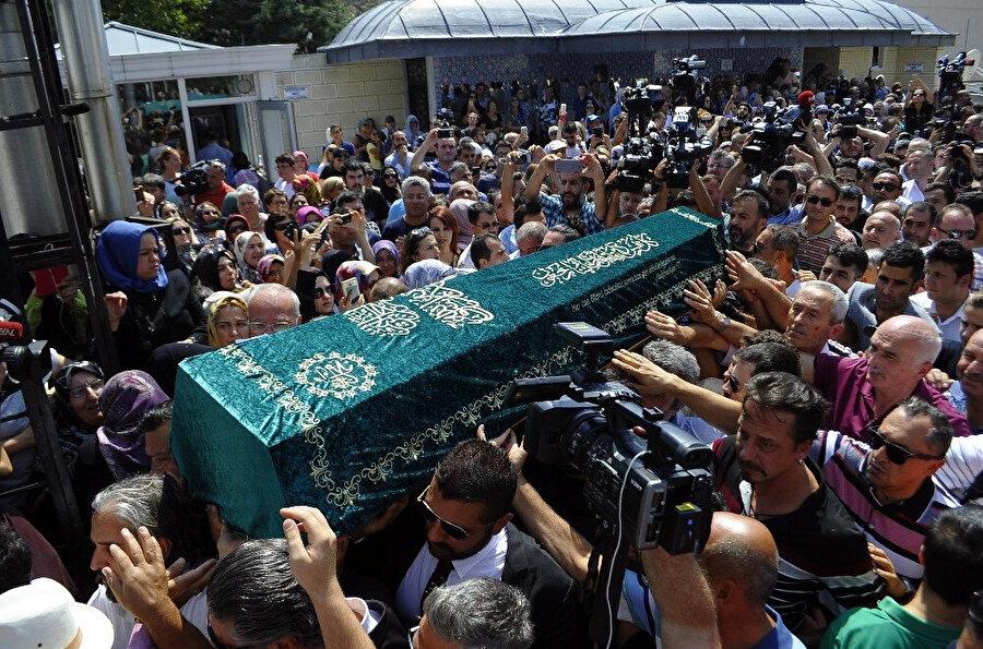 Vatan Şaşmaz'ın cenaze töreni