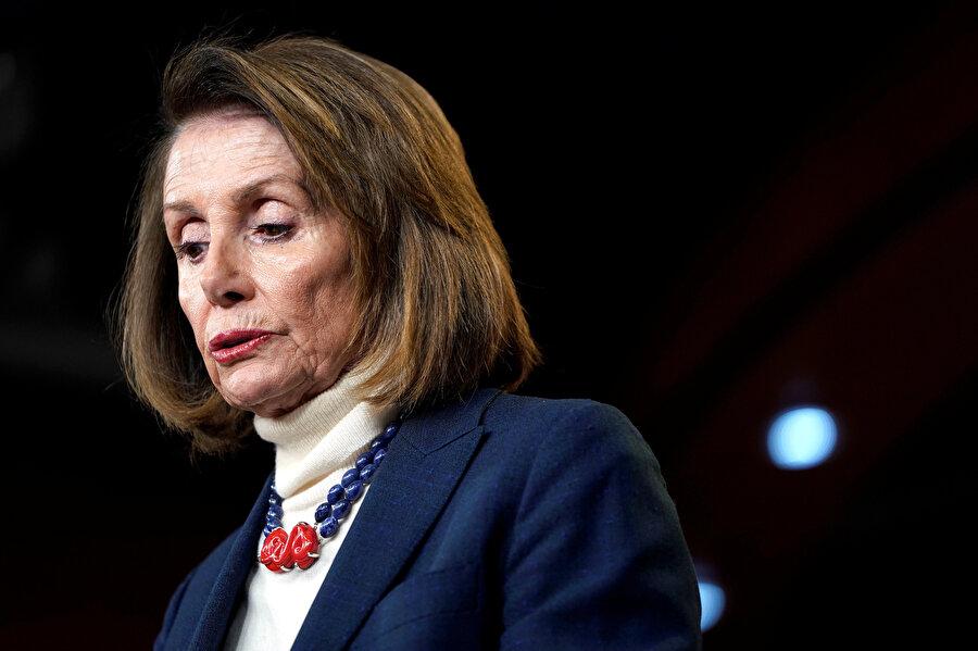 Nancy Pelosi, Temsilciler Meclisi Başkanlığı görevini yürütüyor.