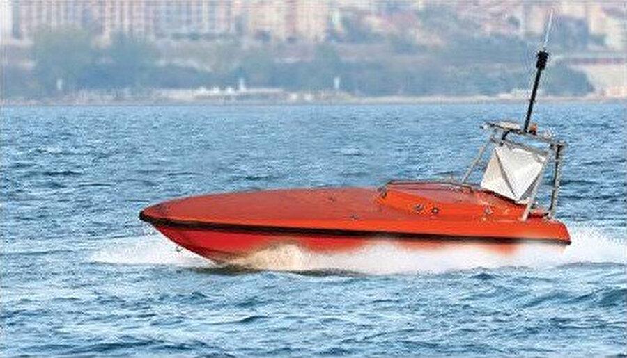 Albatros-T, su üstünde de oldukça iddialı.