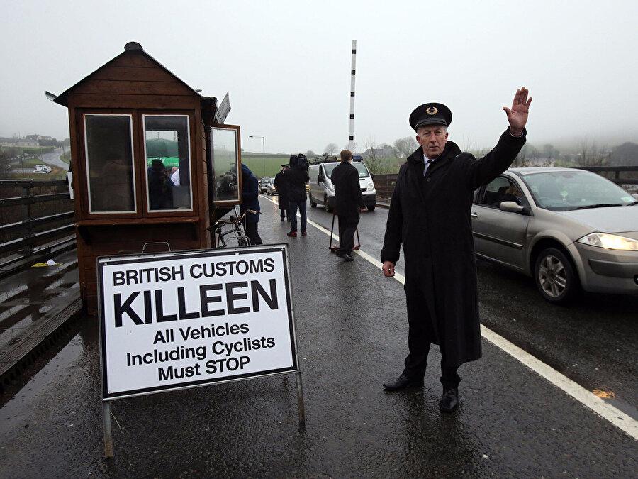 İrlanda, Kuzey İrlanda sınırı