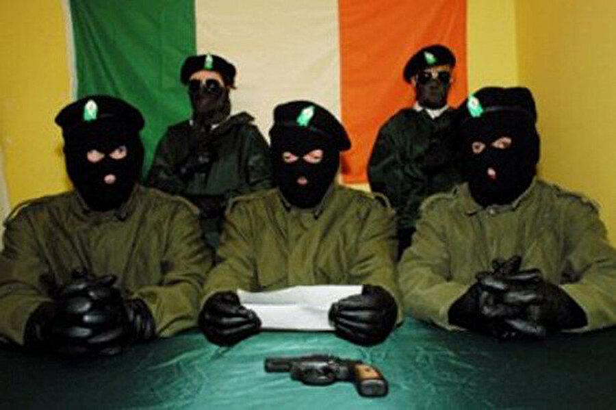 Yeni IRA'nın adanın kuzeyindeki en büyük silahlı örgüt olduğuna inanılıyor.