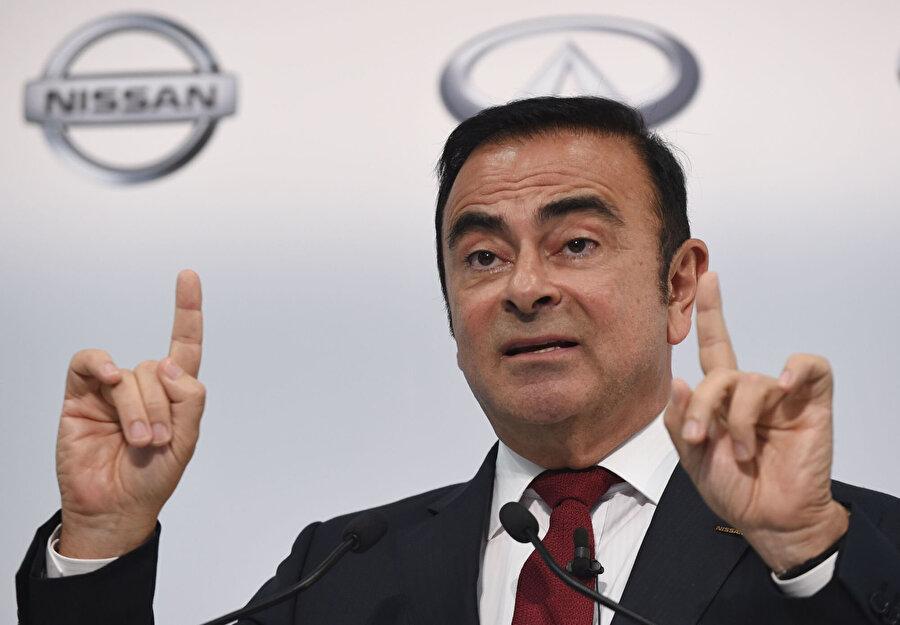 2000'li yılların başında Japon otomobil üreticisi Nissan'ı iflastan kurtarması ile 'Mr. Fix it' (bay sorun giderici) olarak anılan Ghosn'un, yaptığı usulsüzlük gerekçesiyle görevine son verileceği kaydedilmişti.