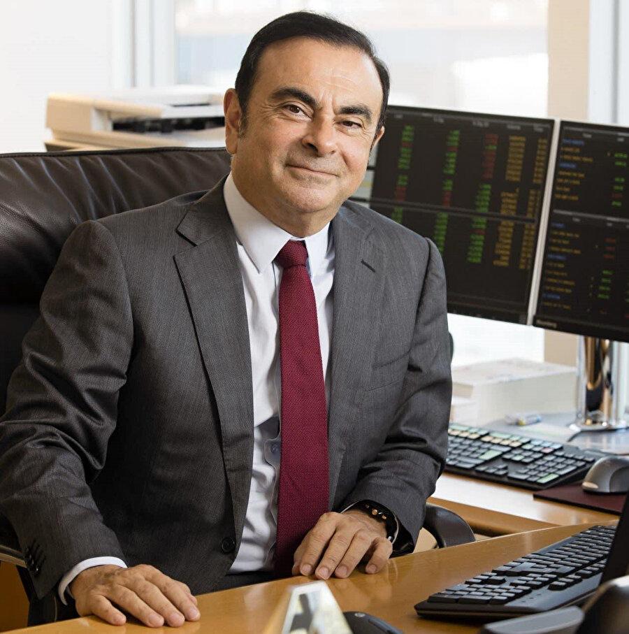 Renault'nun 1990'lı yılların sonunda şirketi karlılığa döndüren radikal yeniden yapılandırılmasının ardından Ghosn, 'Le Cost Killer' olarak tanındı