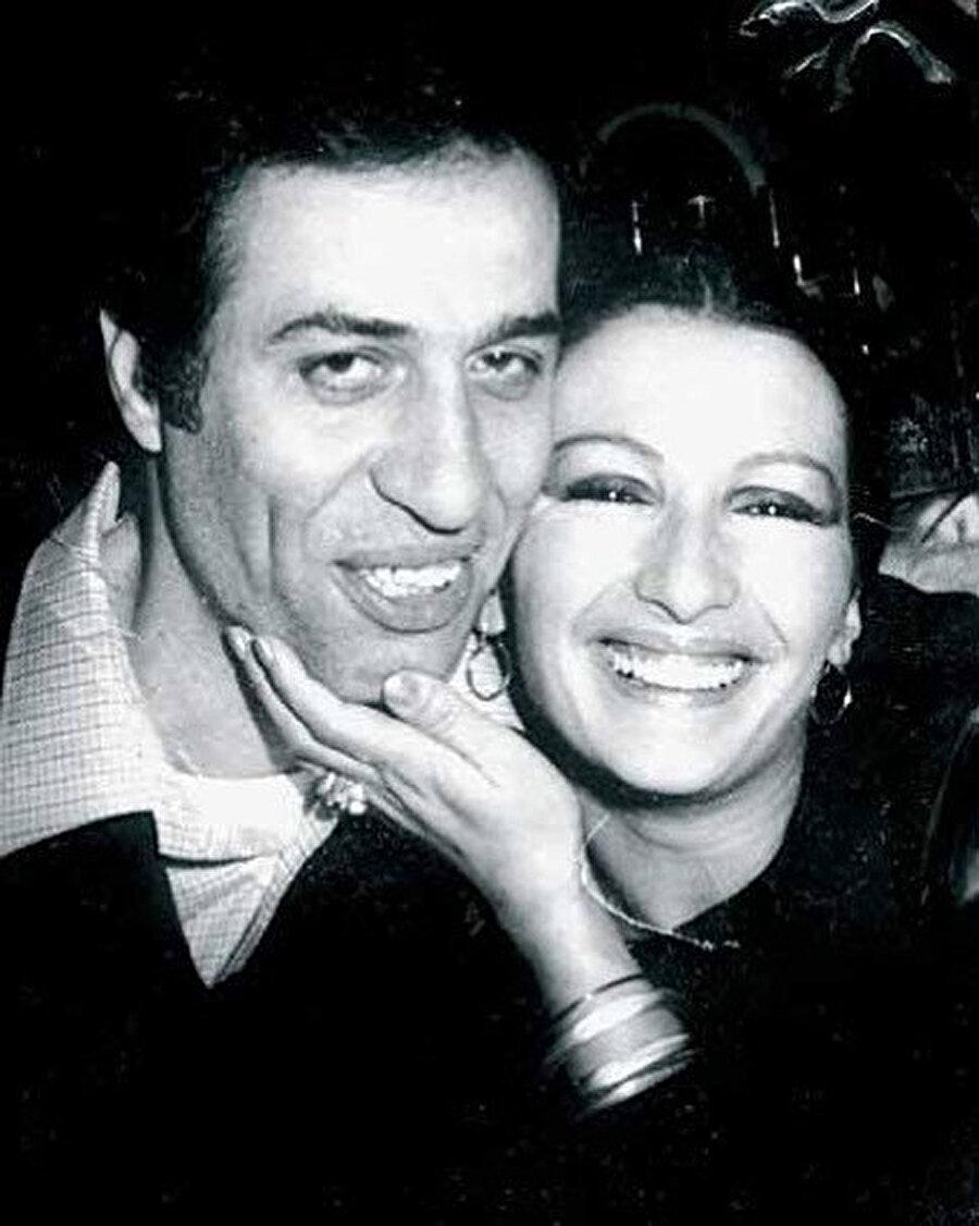 Kemal Sunal ve Gül Sunal.