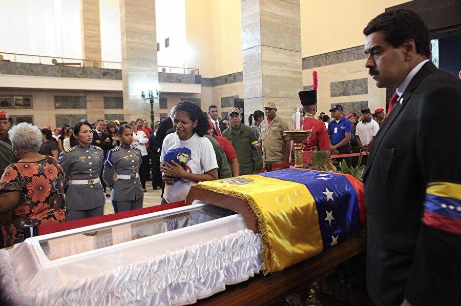 Hugo Chavez'in ölümünden sonra o dönem Dışişleri Başkanlığı yapan Maduro, Venezuela Devlet Başkanlığının bir numaralı adayı konumuna geldi.