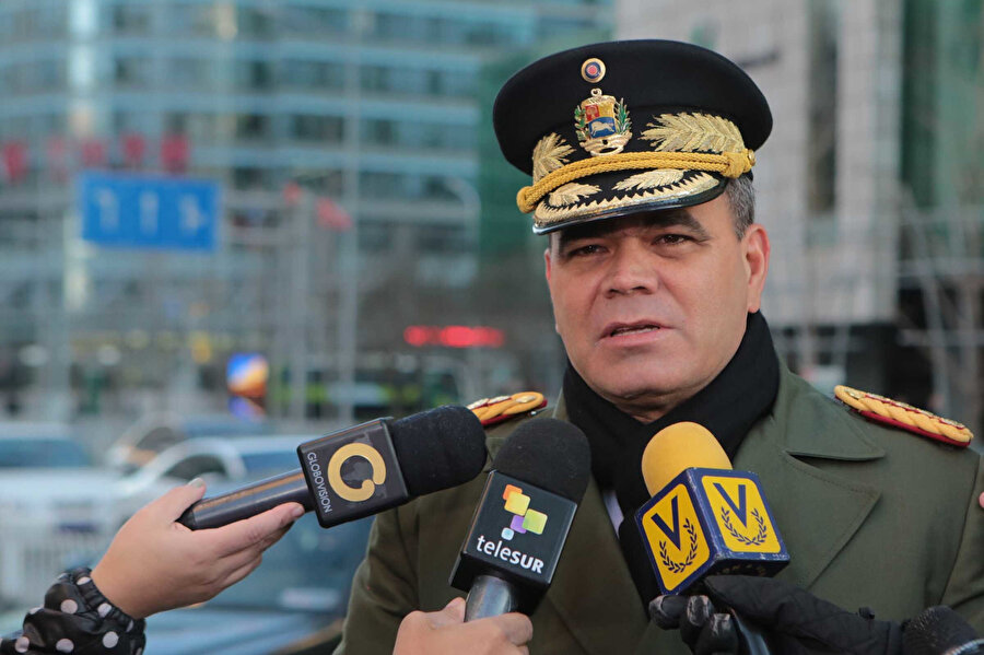 Venezuela Savunma Bakanı Vladimir Padrino Lopez
