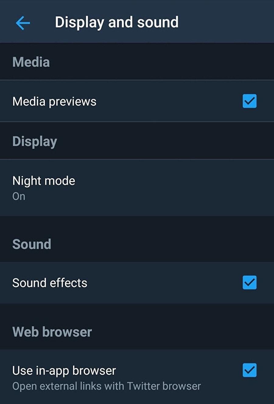 Twitter karanlık mod özelliği kullanıcıların isteği doğrultusunda artık daha da koyu hale gelecek.