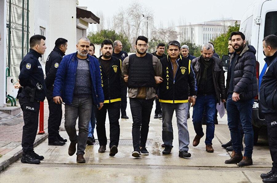 O.K. polis ekiplerince gözaltına alındı.