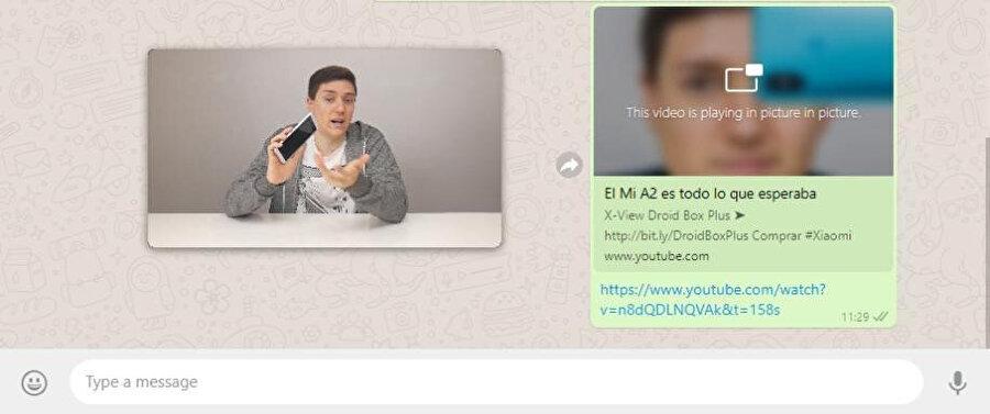 WhatsApp Web'deki PiP özelliği sayesinde artık kullanıcılar video izlerken bir yandan da mesajlaşmaya devam edebiliyor.