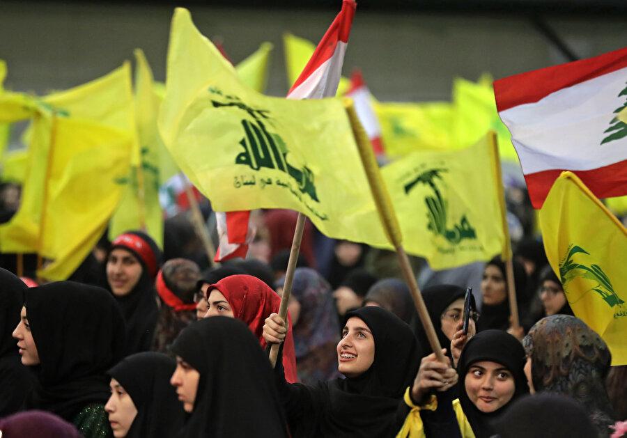İran destekli Hizbullah örgütü, Lübnan siyasetinin en kilit aktörü.