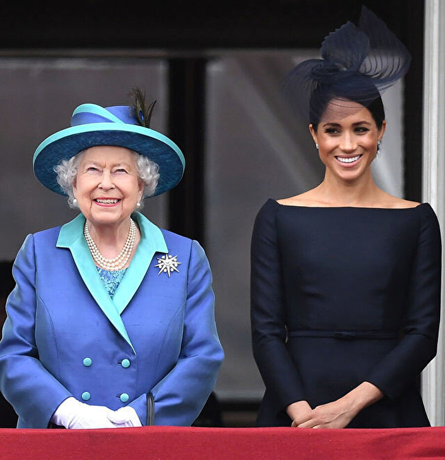 Meghan ve Kraliçe.