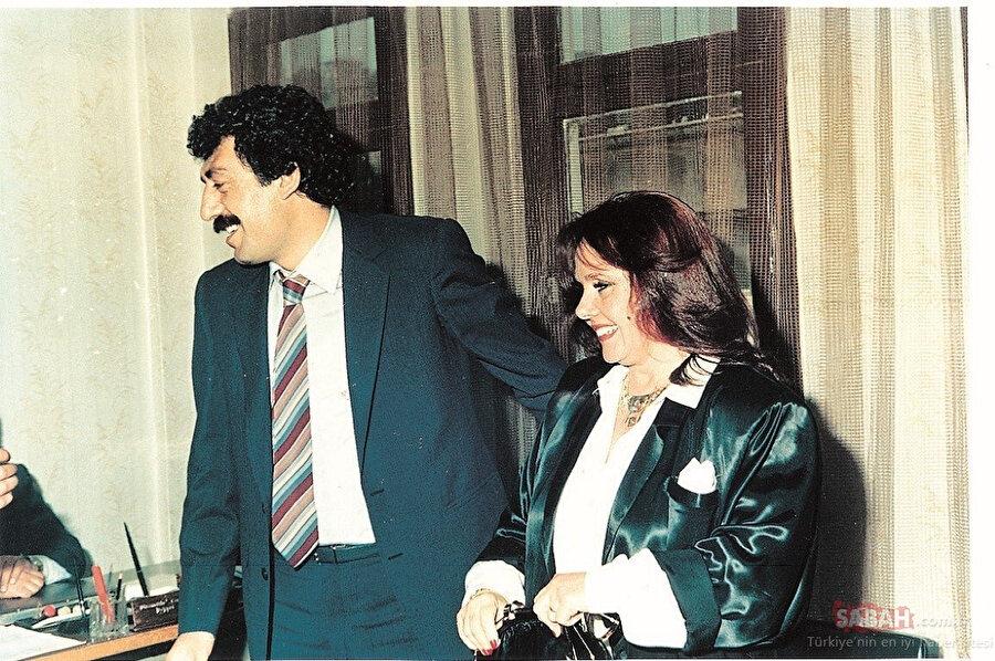 Müslüm Gürses ve Eşi Muhterem Nur.