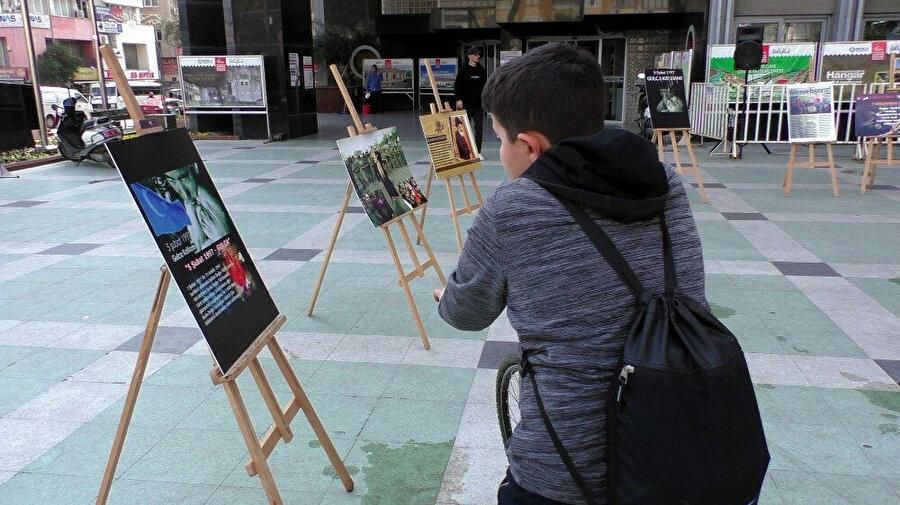 Aydın'ın Nazilli İlçesinde Doğu Türkistan'daki Çin zulmünü anlatan fotoğraf sergisi açıldı.