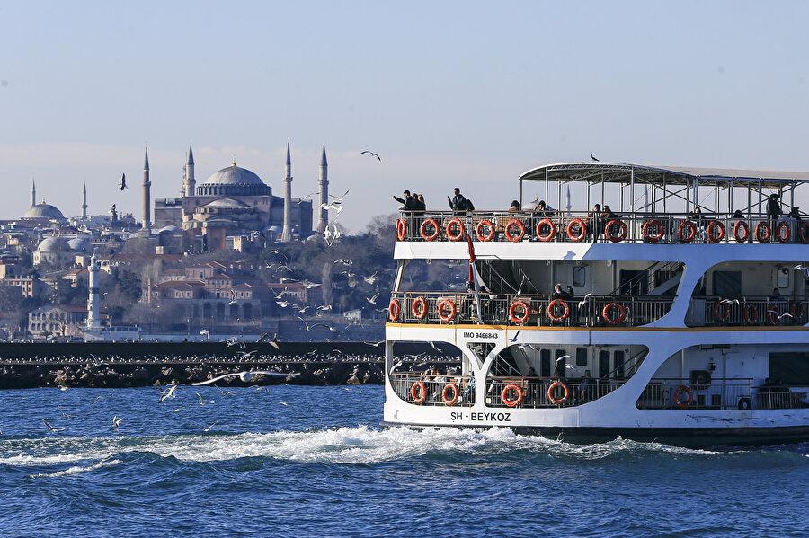 15 milyon nüfusuyla İstanbul, Türkiye'nin en kalabalık ili olmuştu.