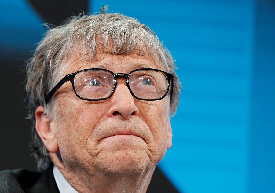 Bill Gates, 'dünyanın en zengin kişisi' unvanını Jeff Bezos'a kaptırarak ikinci sıraya gerilemişti.