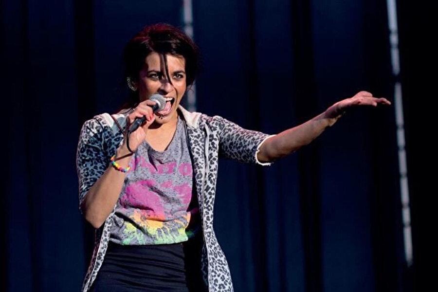 İspanyol müzisyen Bebe, 2004 yılında çıkış yaptığı albümüyle müziğe ara vereceğini duyurmuştu.