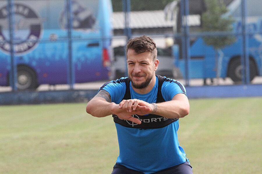 Batuhan Karadeniz sezonun ilk yarısını Adana Demirspor'da geçirmişti.