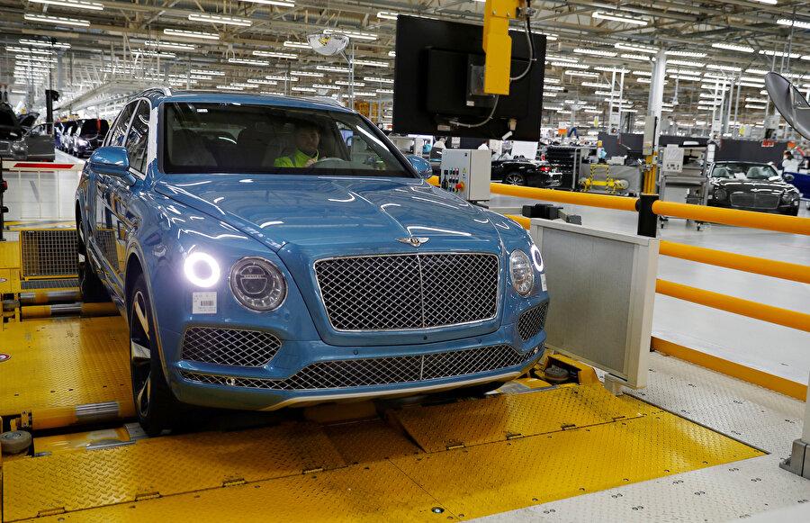 Kaybolan otomobillerin arasında Bentley de vardı.