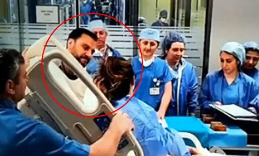 Alişan, doğum sürecinde hastanede eşini yalnız bırakmadı.