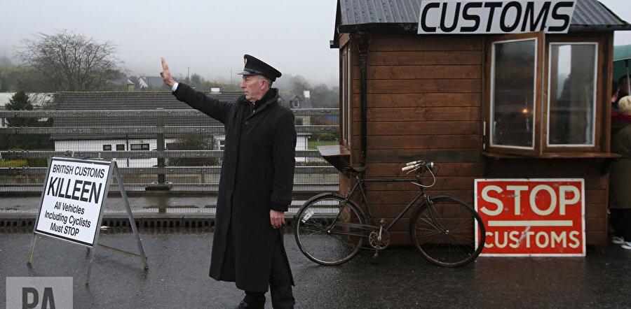 Kuzey İrlanda ve AB üyesi İrlanda Cumhuriyeti arasındaki sınır