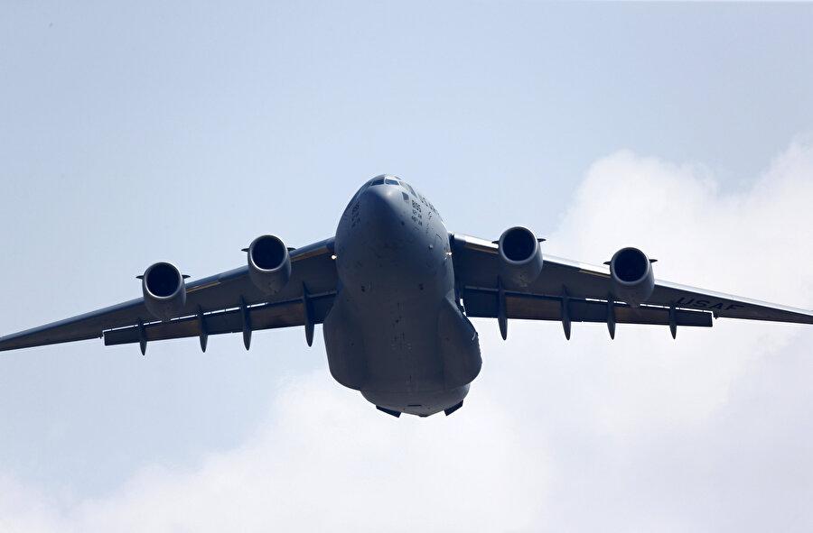 Boeing C-17 askeri tip uçak