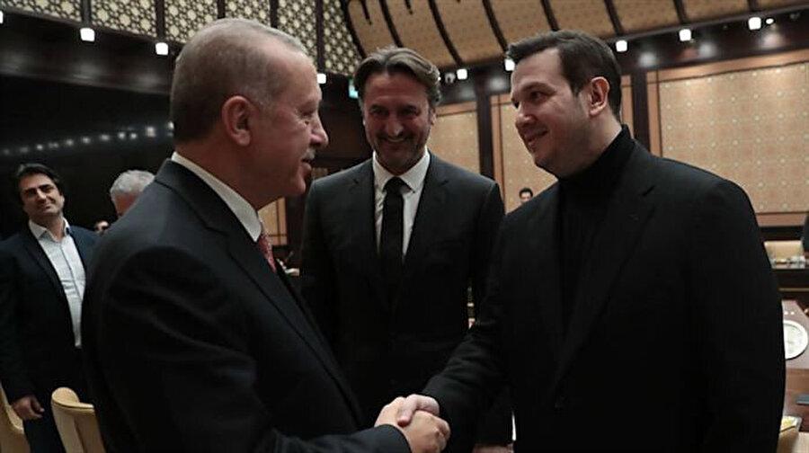 Cumhurbaşkanı Recep Tayyip Erdoğan ve Şahan Gökbakar.