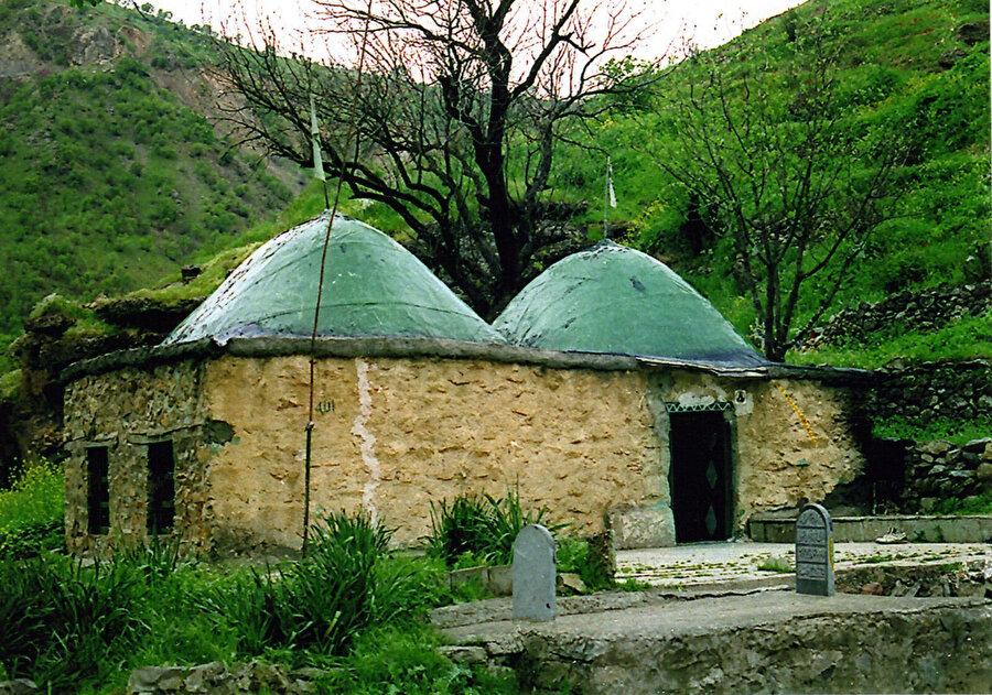 Sultan Sohak Türbesi ( İran, Kirmanşah)