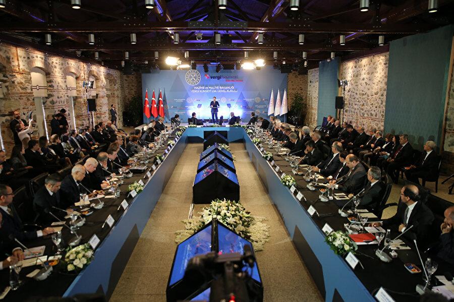 Hazine ve Maliye Bakanı Berat Albayrak, Hazine ve Maliye Bakanlığı Vergi Konseyi 134. Genel Kurulu'na katılarak konuşma yaptı.