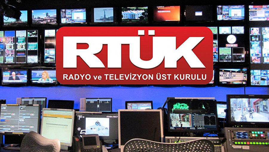 Radyo Televizyon Üst Kurulu mümkün olduğu kadar zararlı yayınlara müdahale ediyor.
