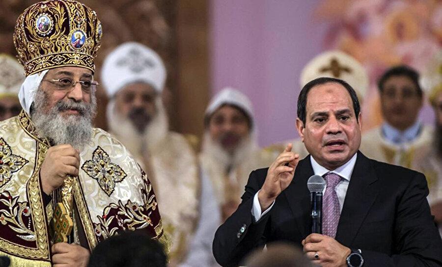 Mısır'da Kıptî Kilisesi, Sisi yönetimini desteklemektedir.