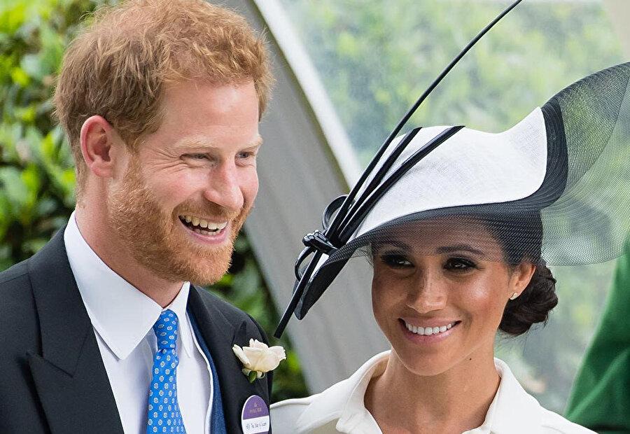 Meghan Markle, bir dernek toplantısında Prens Harry ile tanıştı.