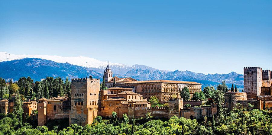 İspanya, zengin bir İslami mirası barındırır.