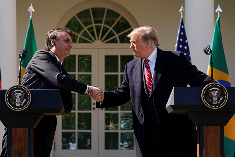 Trump, Brezilya Devlet Başkanı Jair Bolsonaro ile bir araya geldi.