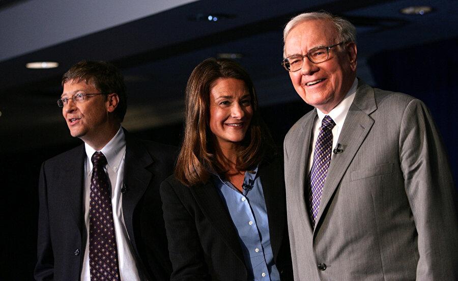 Bill Gates, Melinda Gates ve Warren Buffett tarafından kurulan Giving Pledge vakfı, dünyanın 'en büyük boyutlu' hayır işlerini yapmaya devam ediyor.