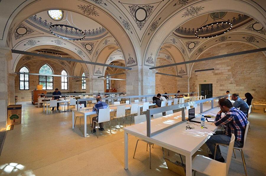 Dünyanın En Güzel Kütüphaneleri listesinde Türkiye'den yer alan tek kütüphane, Beyazıt.