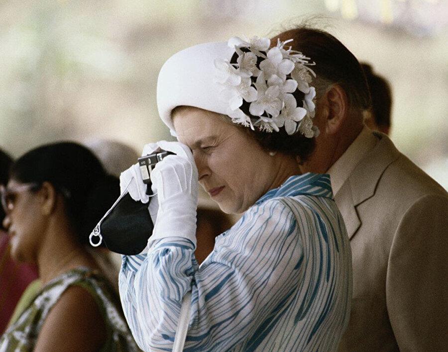 Elizabeth fotoğraf düşkünlüğü ile biliniyor.