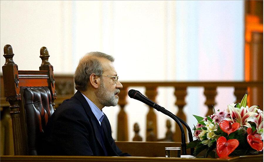 İran Meclis Başkanı Ali Laricani, beş ülkenin egemenliğinde olan Birleşmiş Milletler Güvenlik Konseyi (BMGK) yapısının mutlaka değişmesi gerektiğini söylemişti.
