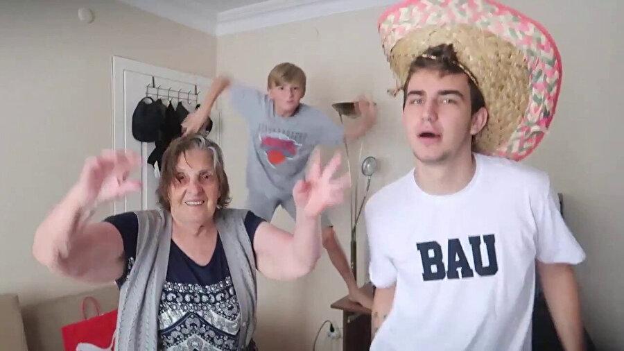 Berkcan Güven, YouTube için babannesi ve kardeşiyle birlikte çektiği videolarla ün kazandı.